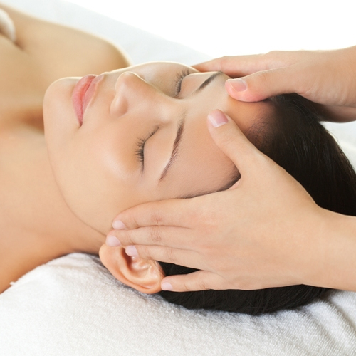 Head Massage in Saraswati Vihar