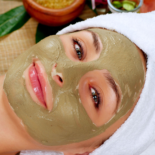 Organic Facial in Rani Bagh