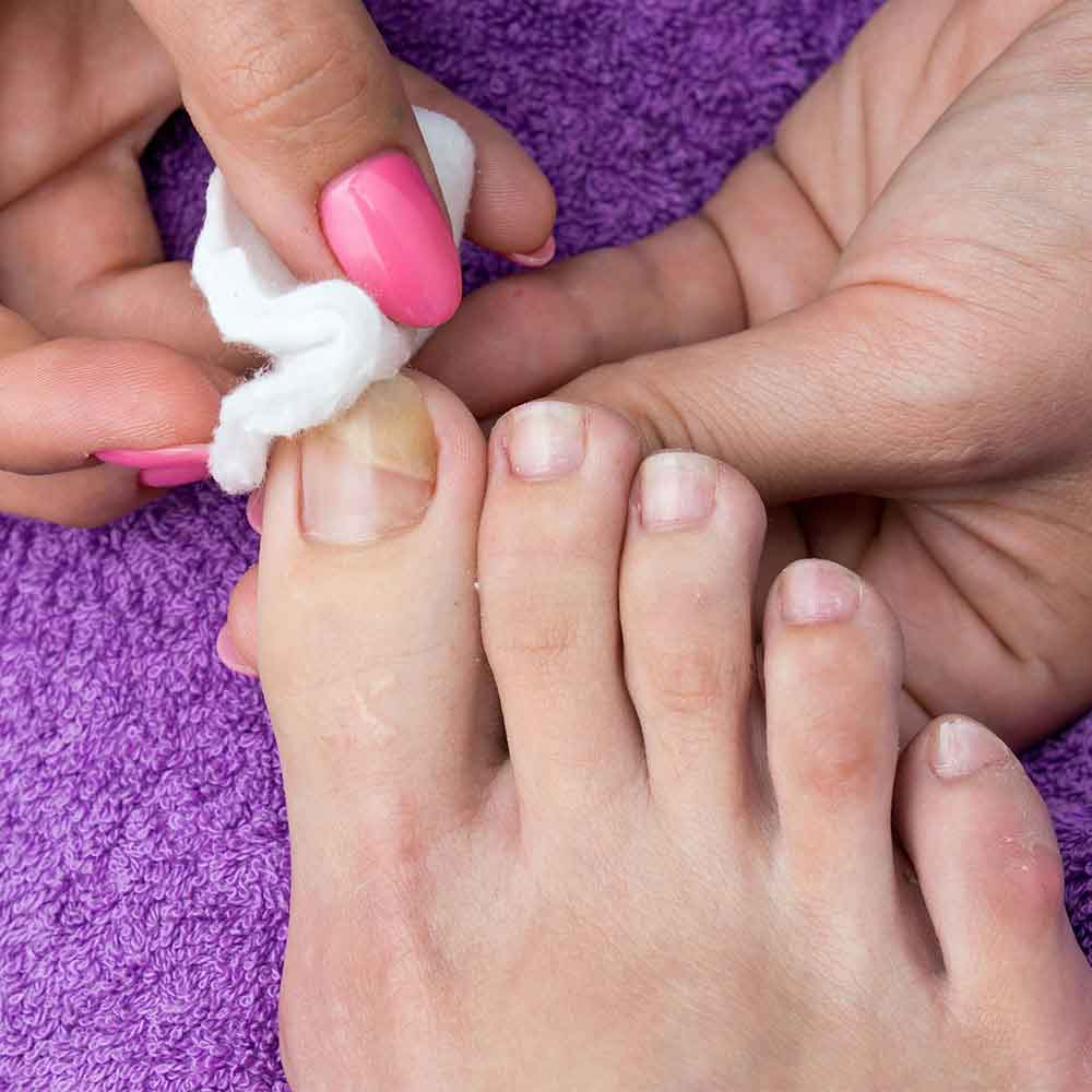 Pedicure Services in Pitampura, Delhi