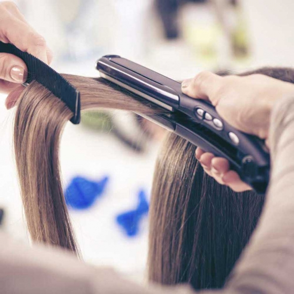 Hair Straightening Services in Kamla Nagar