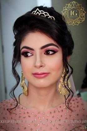 Reception Makeup Artist in Pitampura, Delhi