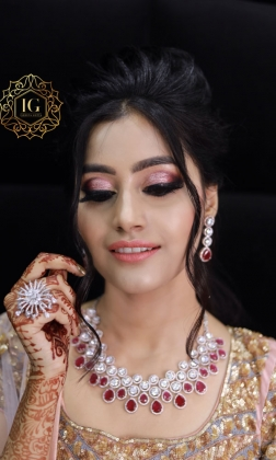 Engagement Makeup Artist in Peera Garhi