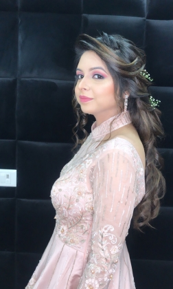 Reception Makeup Artist in Rohini